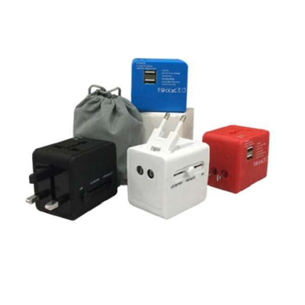 LFTA032 – 2 USB World Multi Adaptor