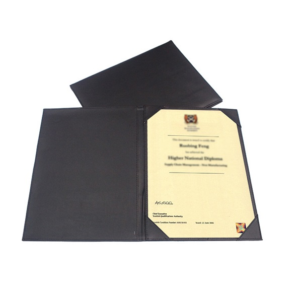 STFO040 – Single Sided PU Certificate Holder