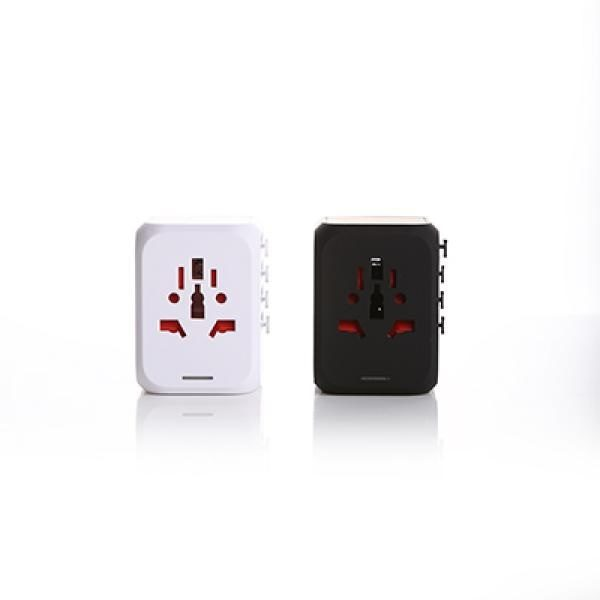 LFTA040 - World Travel Adaptor with 3 USB ports & 1 Type C slot